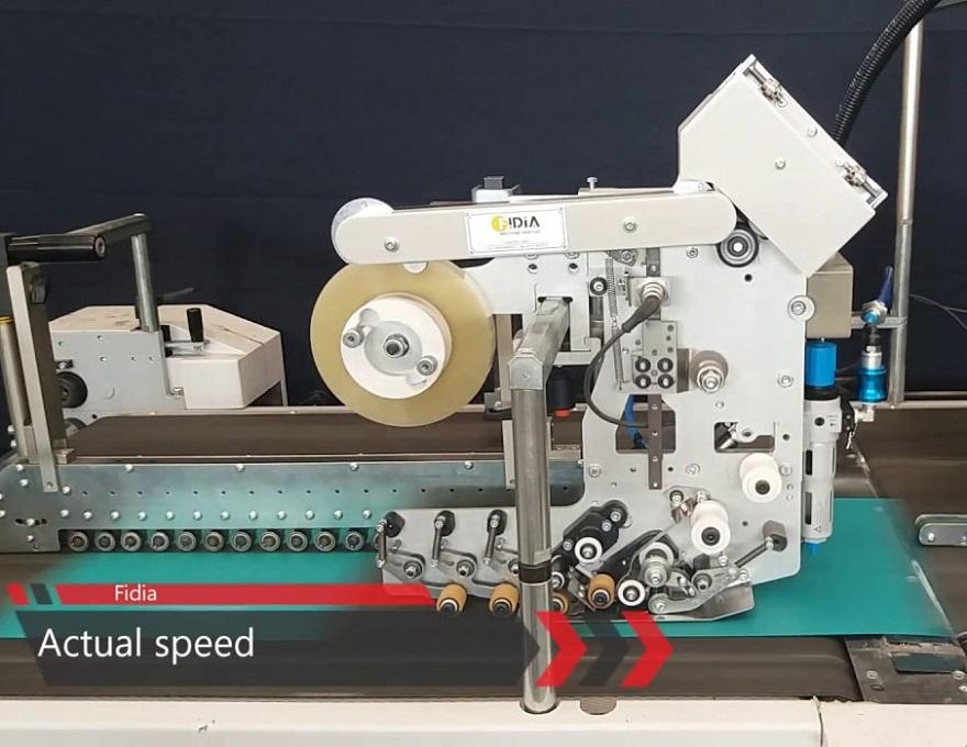 Dispensador automático de cinta adhesiva